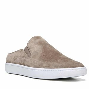New in box Vince Verrell Suede Slip on Sneaker Sz9